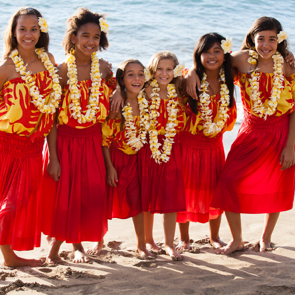 Samoa Girls on Beach3