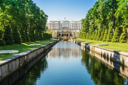 Russia Grand Cascade Fountain and Palace in Saint Petersburg
